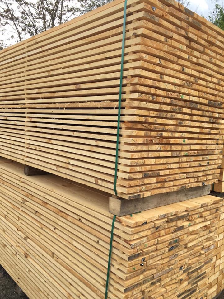 ИГЛОЛИСТНИ ДЪСКИ  I КАЧЕСТВО 3м, 4м – 2.5см - КОНАС ООД  - производство на  мебели от масив, дървен материал и дървен материал за строителството