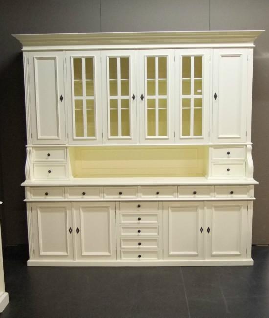 Бюфет боядисан бял - КОНАС ООД  - производство на  мебели от масив, дървен материал и дървен материал за строителството
