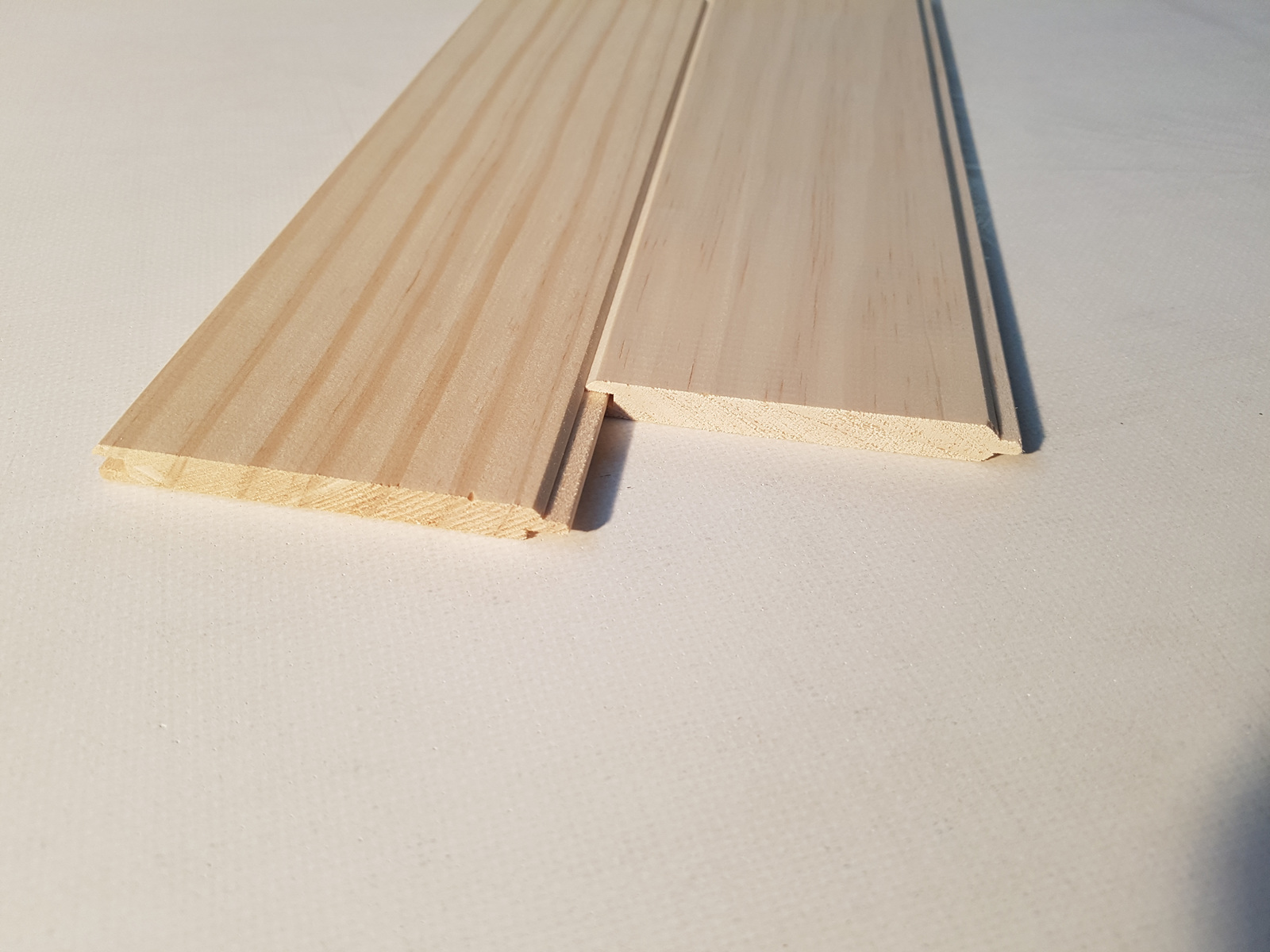 ЛАМПЕРИЯ 9/1,5/400СМ - ПРОИЗХОД БЪЛГАРИЯ  - КОНАС ООД  - производство на  мебели от масив, дървен материал и дървен материал за строителството