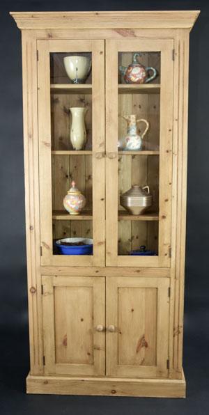 Библиотека от чам с 4 врати - КОНАС ООД  - производство на  мебели от масив, дървен материал и дървен материал за строителството