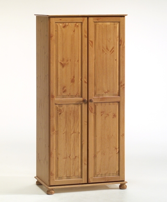 Двукрилен гардероб чам с две врати  - КОНАС ООД  - производство на  мебели от масив, дървен материал и дървен материал за строителството