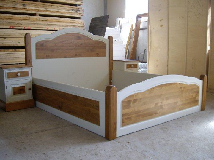 Спалня от чам с подматрачна рамка и механизъм - КОНАС ООД  - производство на  мебели от масив, дървен материал и дървен материал за строителството